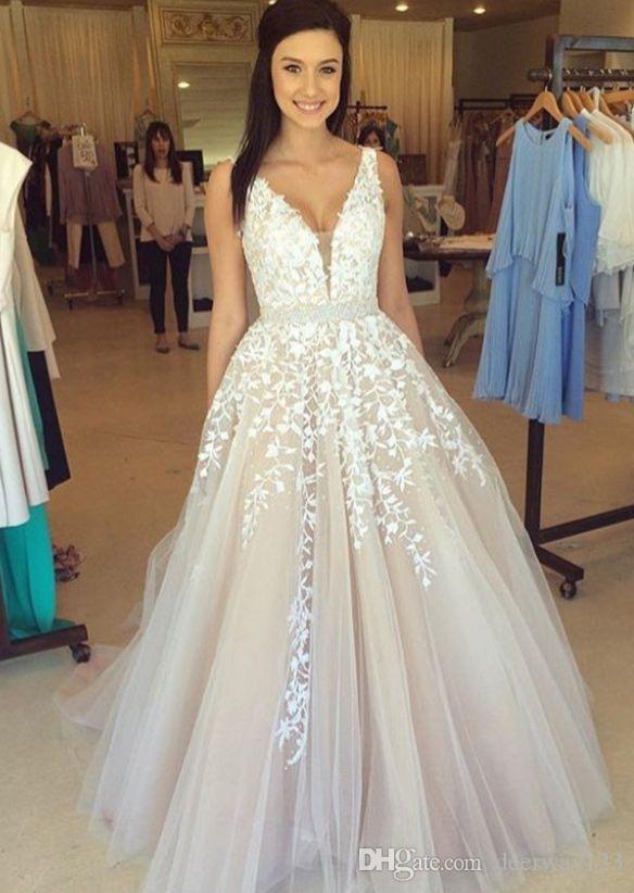 Wunderschöne ärmellose V-Ausschnitt Spitze Appliques A-line Hochzeitskleid Tüll Online Perlen Sash Light Champagne Vestido de Noiva