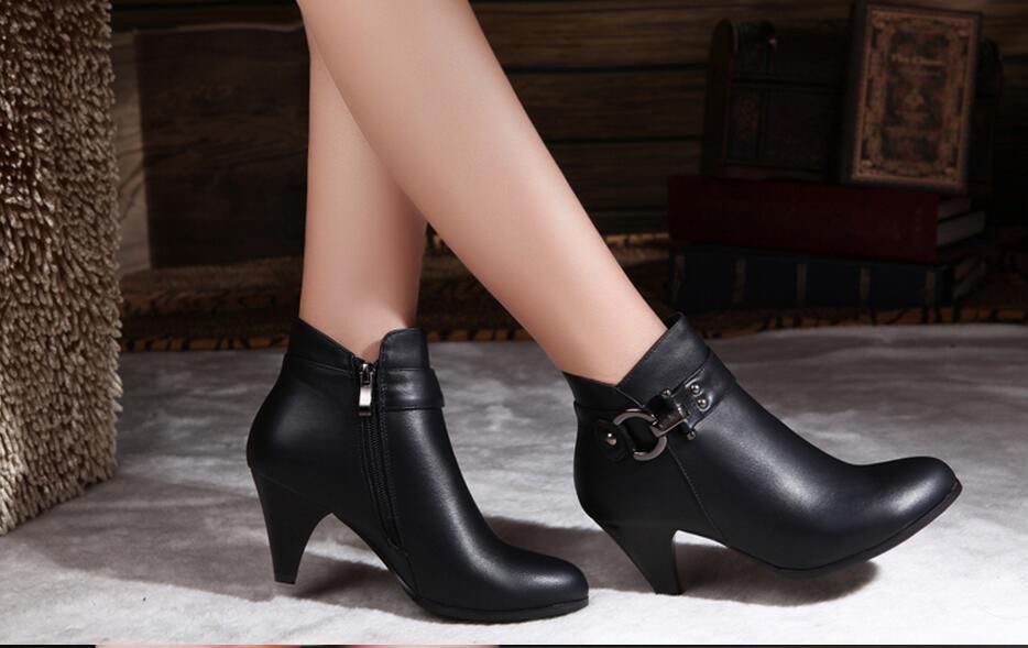 100% de cuero botas de las mujeres del cuero genuino del tobillo de los zapatos del resorte del otoño zapatos de mujer botas de tacones altos Plus botas de invierno de terciopelo de gran tamaño 34-42