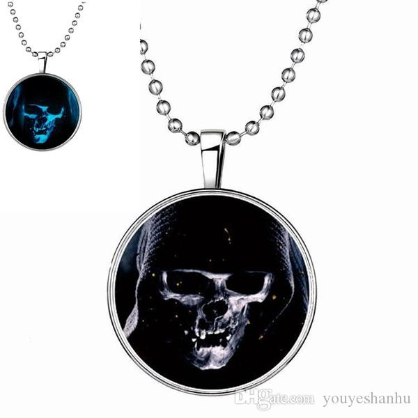 2017 Design Super Halloween crâne collier pendentif collier lumineux