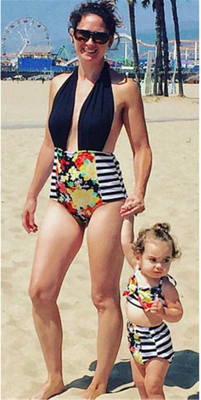c45b5e847c ... Mom Girl Swimming Suit Mother Daughter Striped Bikini Swim Wear Mom  Kids Flower Matching Swimwear Family ...