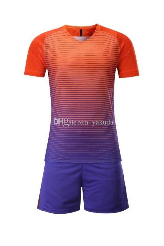 check out 63043 7a278 2019 Customized Blank Soccer Jersey Shirts Football Jerseys Tops With  Shorts Sets Uniform,Discount Cheap 2017 New Men'S Training Soccer Jerseys  From ...