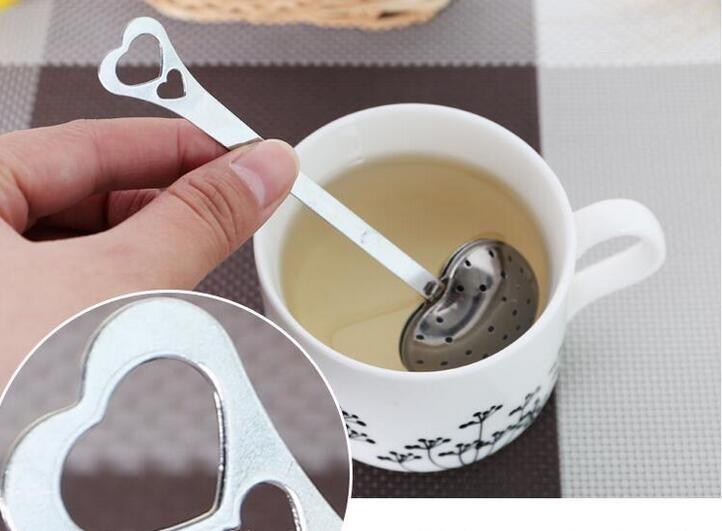 """Infuso di tè caldo del tè del infusore del tè di erbe a forma di cuore di infusione del tè di erbe del tè del tè di 2017 """"primavera calda"""" Trasporto libero"""