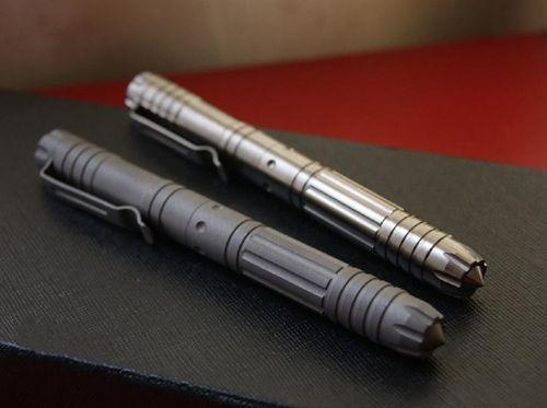 التيتانيوم TC4 EDC 138mm طويل التكتيكي الدفاع عن النفس جل الأسطوانة القلم لامعة / ماتي التشطيب السطحي للخيار عالية الجودة
