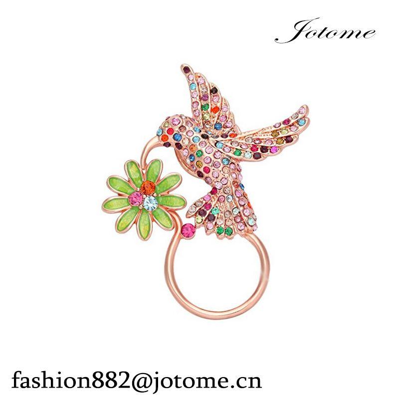 100pcs/lot 2017 China Wholesale Delicate Crystal Hummingbird Drinking Flower Nectar Badge Eyeglass Holder Brooch pin jewelry
