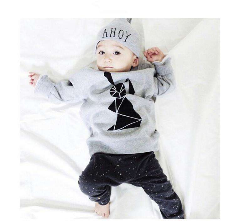 Toptan-2017 Moda bebek giyim seti Uzun kollu Üst + pantolon 2 adet suit yenidoğan giysileri bebek kostüm erkek bebek kız giysileri bebek suit