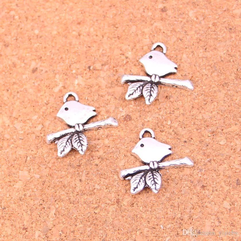 Toptan 150 adet Moda Antik gümüş kuş ayakta şube charms metal kolye diy takı bulguları için 17 * 16mm