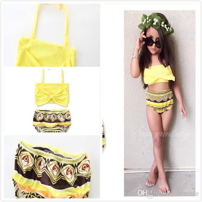 New Summer Girls Jaune à lacets Halter Hanging Neck Tops Black Rhombus Slips Imprimés Split Maillots De Bain Enfants Summer Beach Bikinis