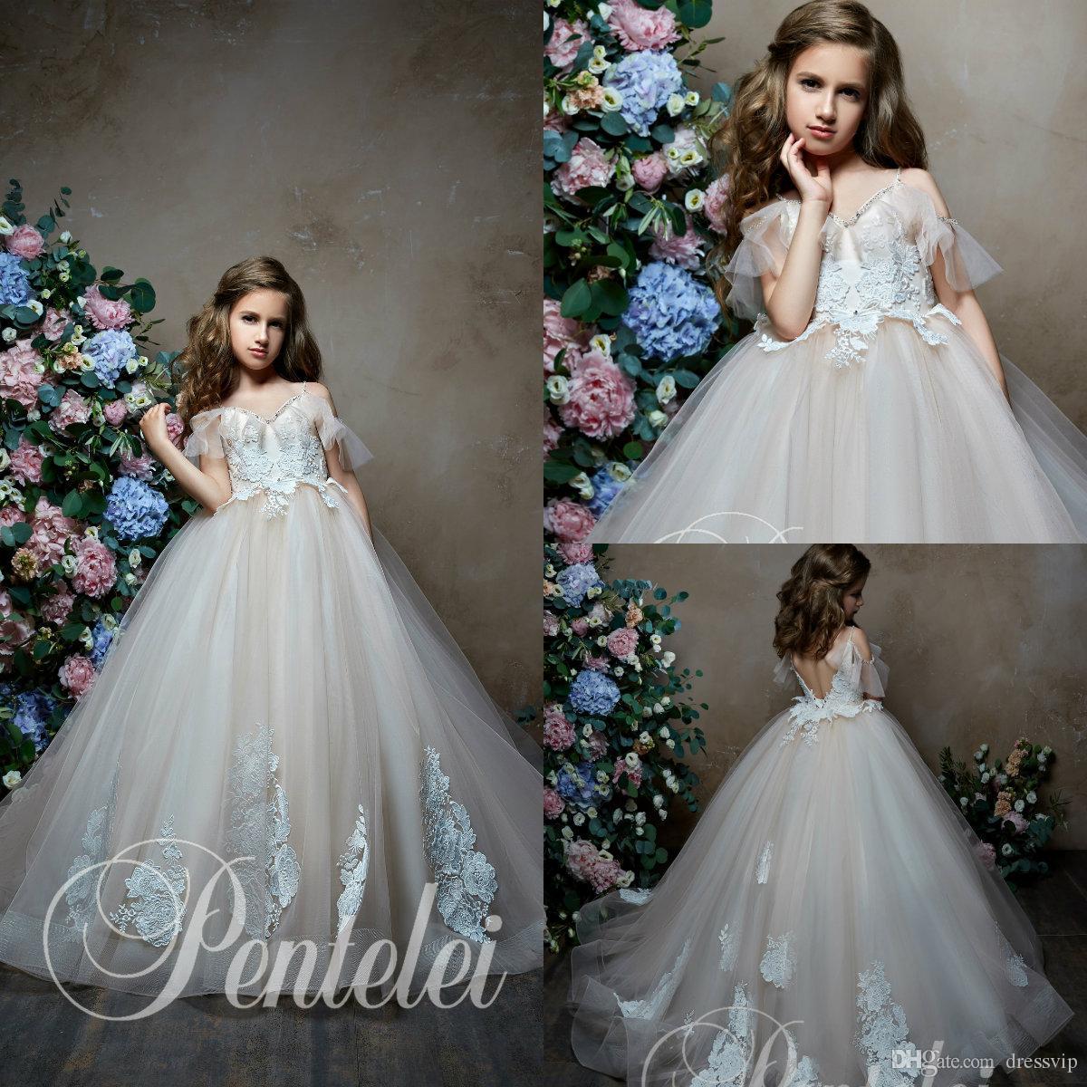 Pentelei 2019 Flor linda niña vestidos para las bodas fuera del hombro de la manga corta de encaje niñas de vestir desfile de apliques con cuentas vestido de bola