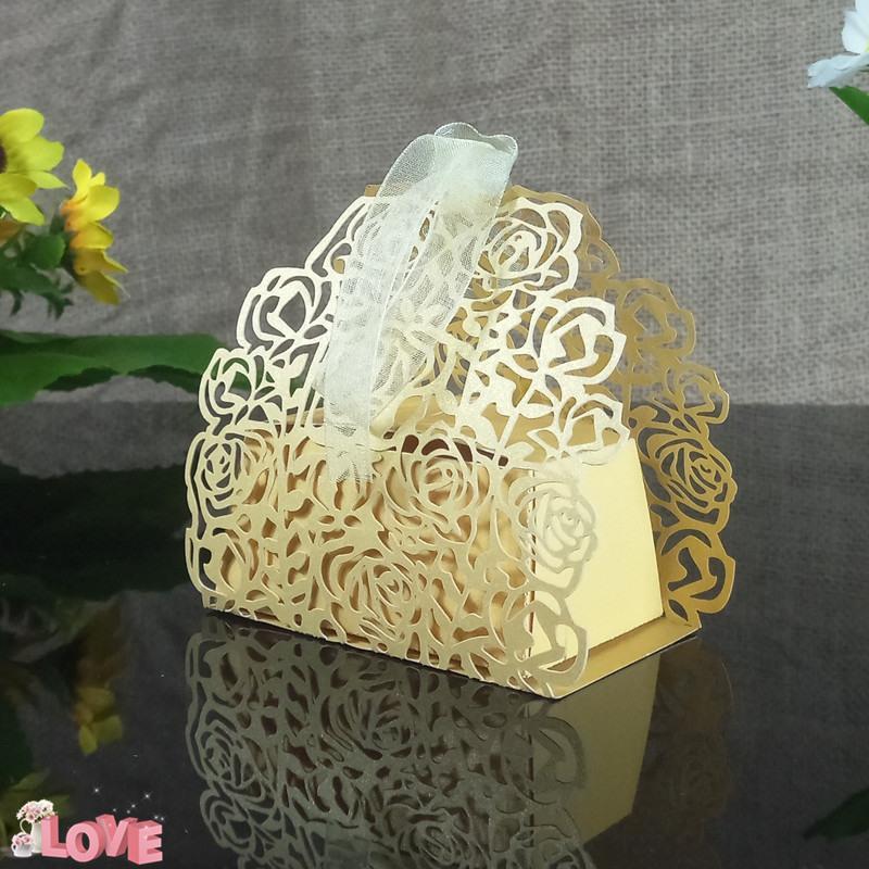 30Pcs kreativer Blumenform-Süßigkeitkasten romantische rosafarbene Hochzeitsgeschenkkasten Weihnachtsfestgeschenkdekoration 5ZT35