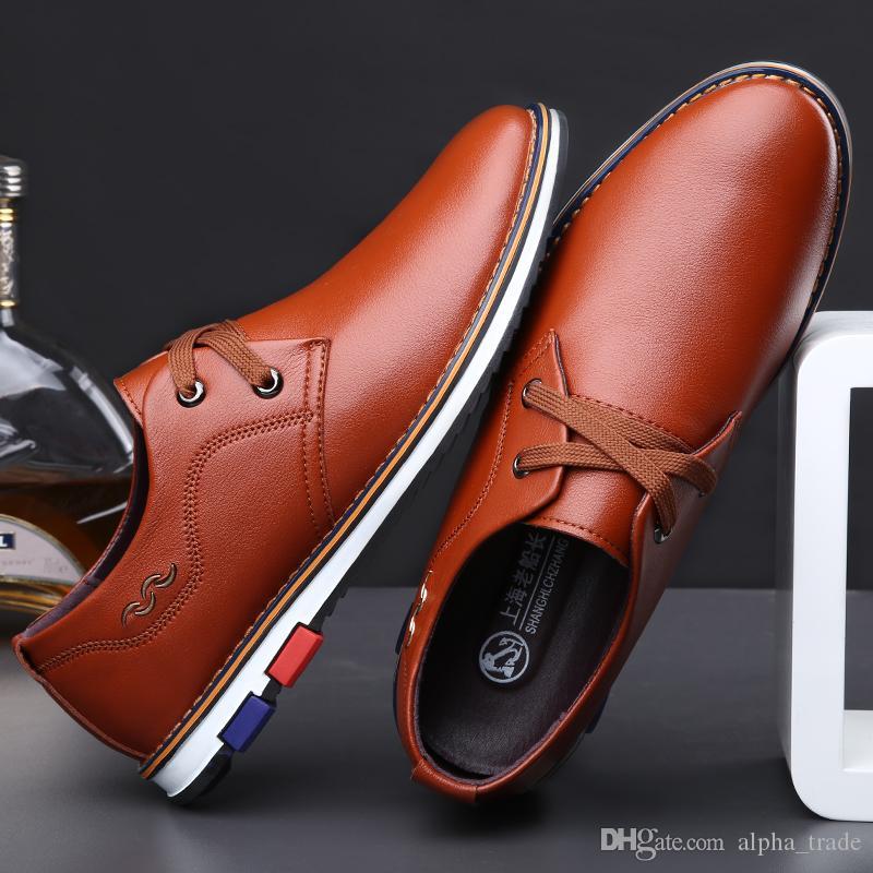 Chaussures pour hommes Italie Italie véritables chaussures de marque de mariage pour hommes d'affaires robe décontractée marée noire zapatos hombre vestir