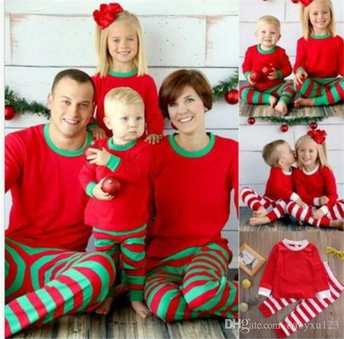 10PCS عيد الميلاد للأطفال الكبار الأسرة مطابقة عيد الميلاد الغزلان مخطط ملابس نوم ملابس نوم ملابس نوم bedgown sleepcoat قميص النوم Y258