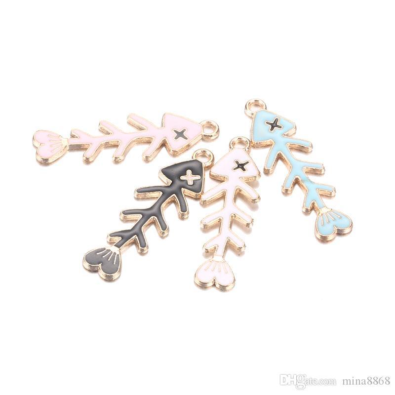 2018 novos encantos por atacado especial peixe osso esmalte encantos jóias colar de pingente de jóias fazendo presente