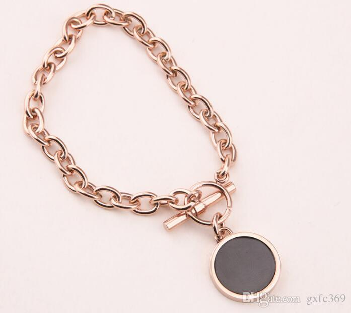 Japanese and Korean version of personality geometry black large disc circle Rose gold-plated titanium steel bracelet ring female