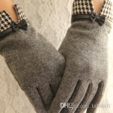 winter warm gloves for women cashmere touch gloves dotted embroidered leather bow-tie women point to warm gloves