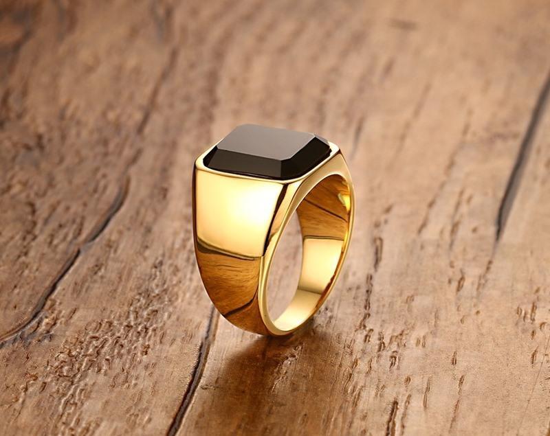 Alta calidad de los hombres del anillo del color del oro anillos de acero inoxidable para hombre de alianzas de boda Anillos de compromiso: Hombre Boy joyería S18101608