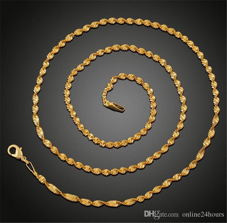 Moda Mujeres Hombres Joyería de cadena Oro amarillo Color plisado 50 cm Cadena de onda de agua Mujeres Cadenas para hombre Collares para colgantes