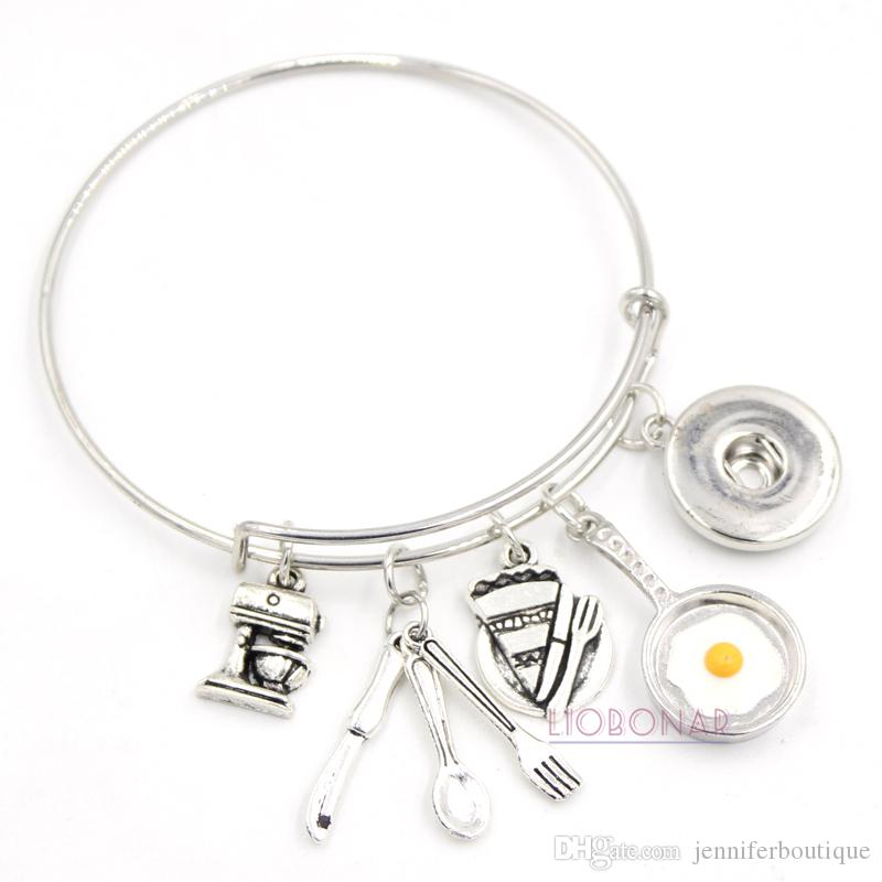 Wholesale Snap Jewelry Chef Bracelet Utensil Baking Cooking Frying Egg Pan Charms Wire Bangle Snap Button Bracelets for Chef Gift
