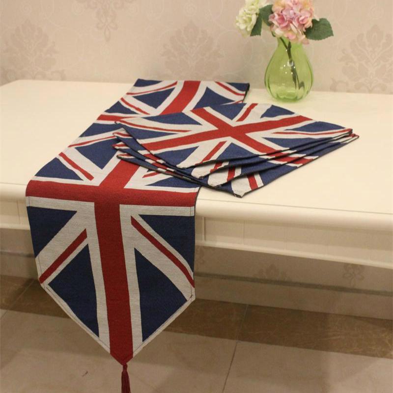 Runner da tavolo di cotone classico dell'Inghilterra straniera e quattro tovagliette quadrate / Accessori per la tavola da tavola per la casa. Modello a forma di riso