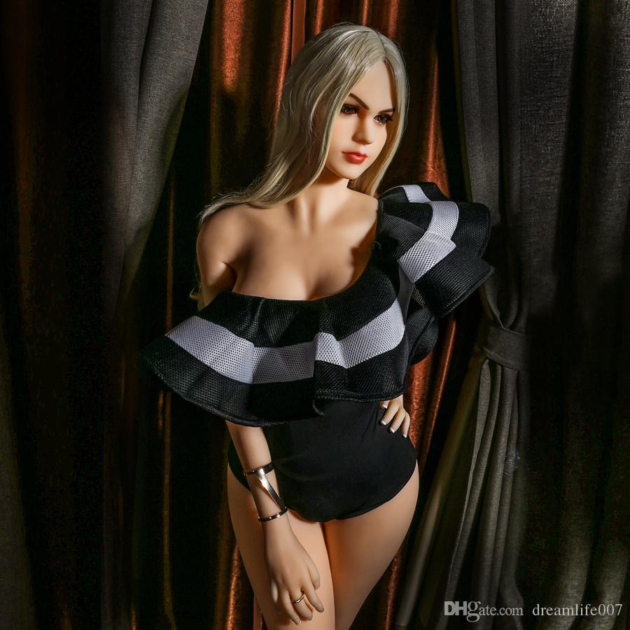 2018 Nouveau Design Sexy Filles Nues Images Réalistes Taille Totale Poupées En Silicone Pour Mâle Poupée De Sexe