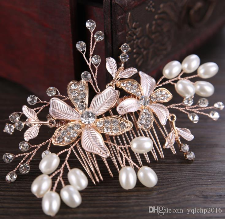 Handmade pearl combed wedding dress, diamond flower accessories, bridal ornaments