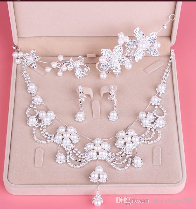 Neue Art heißer Verkauf Brautschmuck Mode Nachahmung Perle Legierung dreiteilige Halskette Krone Brautjungfer Kleid Hochzeit Zubehör shuoshuo6588