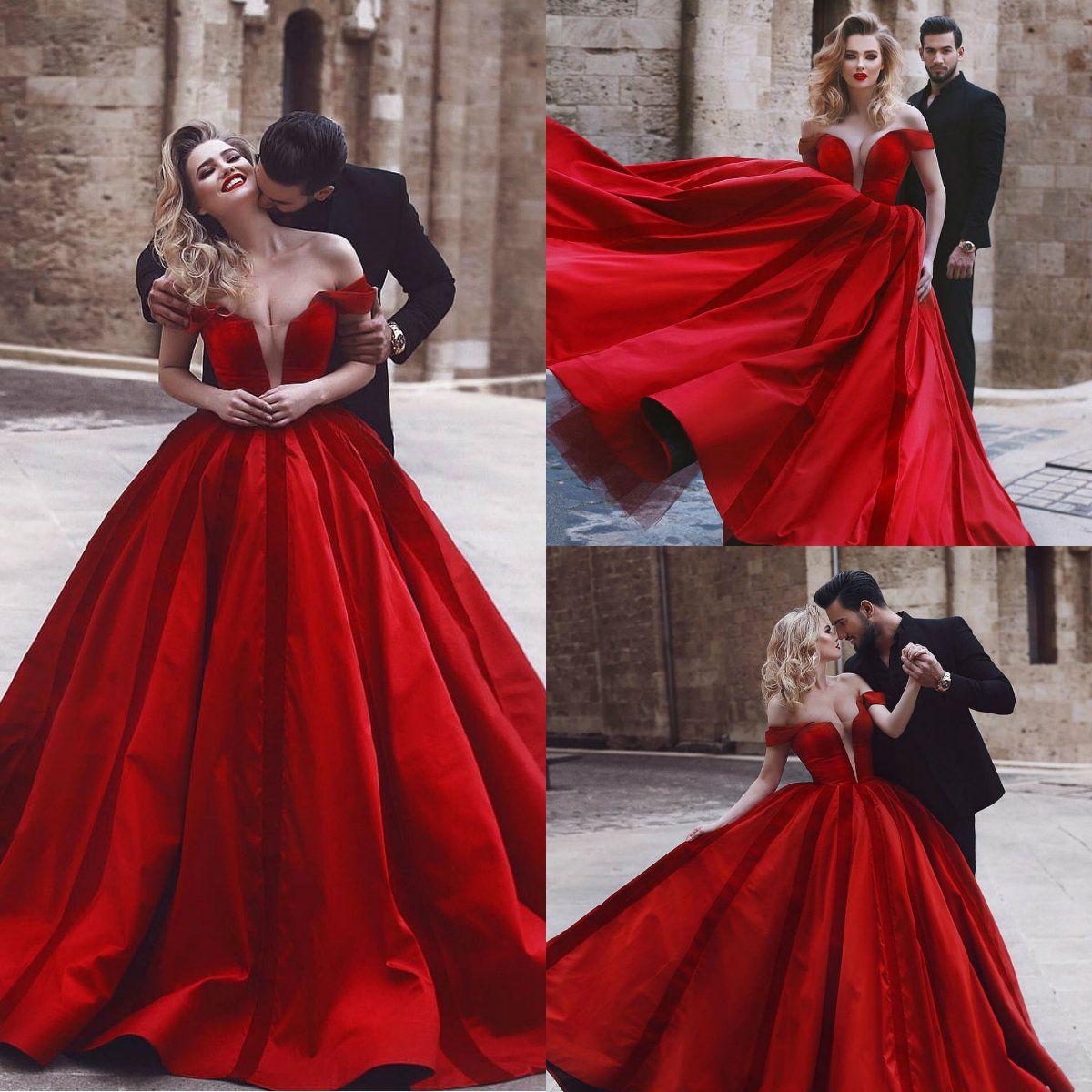 2018 Red Prom Dresses powiedział Mhamad Off Shoulder Sweep Pociąg Dubaj Arabskie Formalne Suknie Wieczorowe Plus Size Prom Dress
