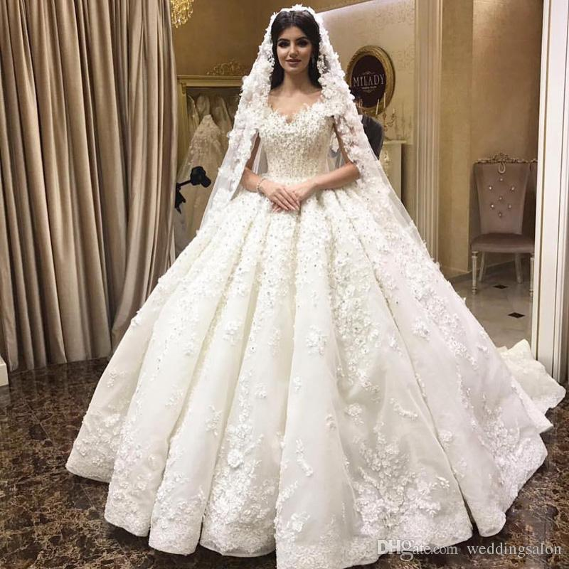 Vintage Satin Ball Gown Wedding Dresses V-neck Cascading Ruffles Crystal Bridal Gowns Sweep Train Chapel Wedding Wears