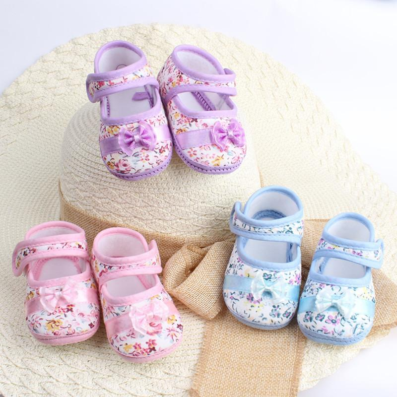 Bebé niña con suela blanda primeros caminantes Fowers Bow Niño Zapatos Precio de fábrica Venta al por mayor 3 pares o más envío gratis