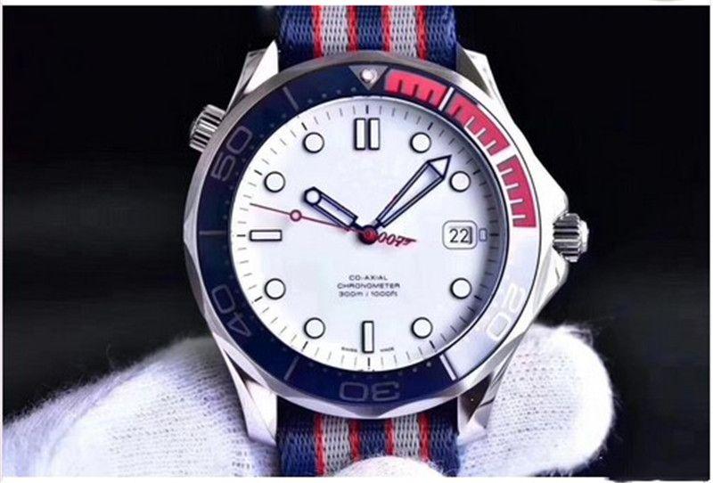 2018 Luxury Commander 007 41 mm Reloj automático Movment Correa de lona inoxidable Reloj deportivo para hombres