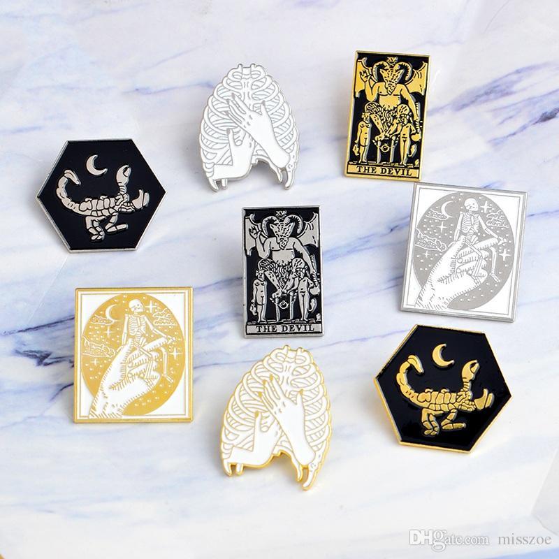 Miss Zoe Handmade Themmade Main Scorpion Skeleton Devil Style Style Badge Denim Veste Bijoux Cadeaux Broches Pour Femmes Hommes