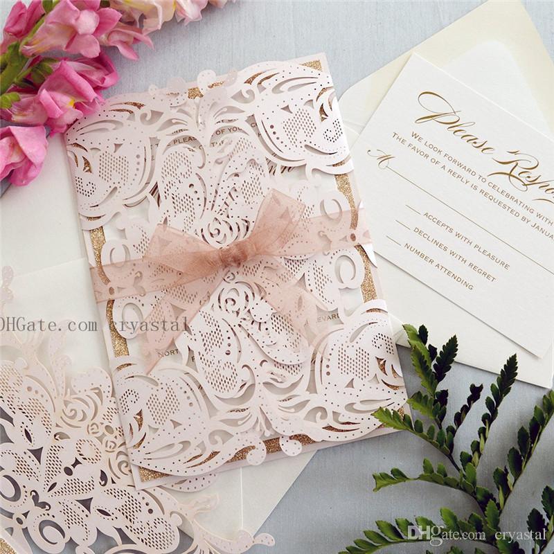 MELISSA ROSE GOLD Glitter - Faire-part de mariage Blush découpé au laser avec des paillettes d'or rose et un ruban transparent - Élégante découpe au laser Invite