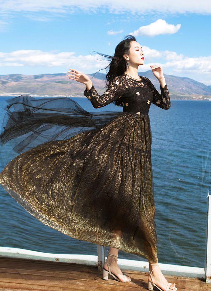 Free ship 100%real black embroidery star long veil golden black dress vintage Medieval dress Renaissance Victorian