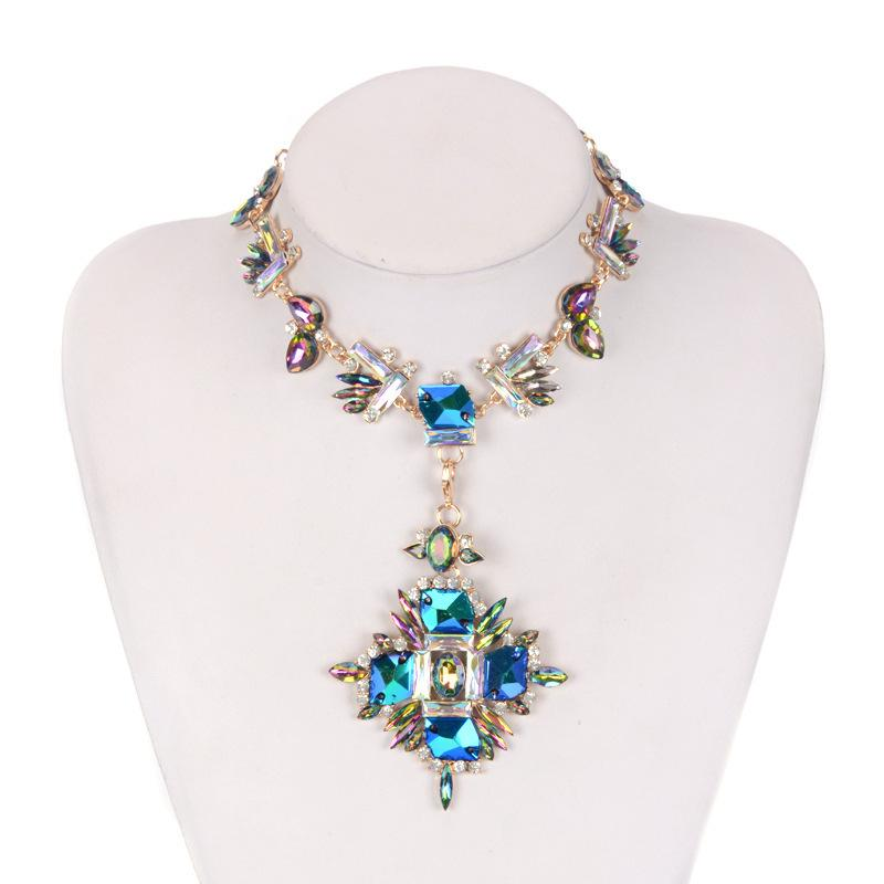 4 Colors Fashion Brand Rhinestone Multicolored Bohemian Collar Women Geometric Necklaces Crystal Choker Statement Necklace Wedding Jewelry