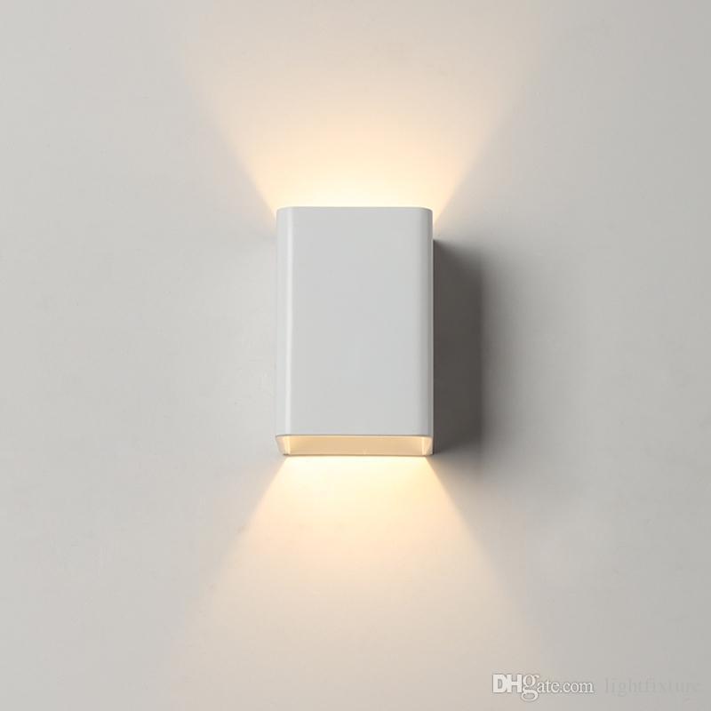 LED Yatak Odası Başucu Duvar Lambaları Basit Modern Beyaz Metal Duvar Aplik Yaratıcı Otel Koridor Koridor Giriş Merdiven Işık