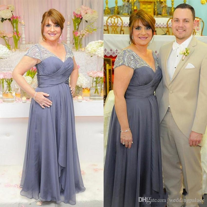 2018 Plus Size Mother Of The Bride Dresses V Neck Long Formal Evening  Dresses With Beaded Short Sleeve Chiffon Mother Dress Mother Of The Groom  ...