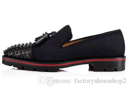 Moda Uomo Nero Tassel Shoes Spikes Studded Lowtop Slip on Mocassini Scarpe da festa casual da uomo anti-skid