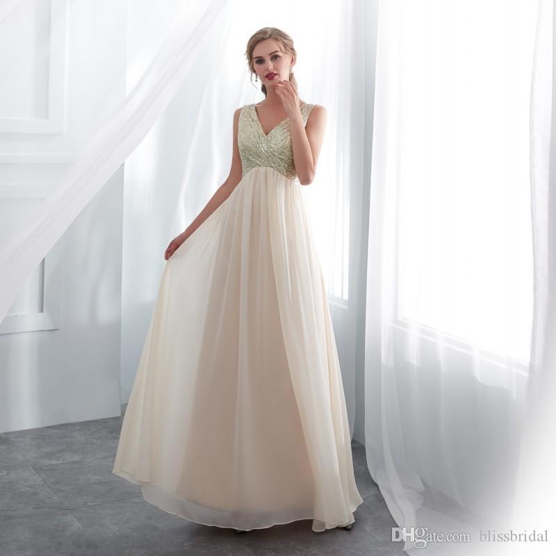 Szampan Tanie Druhna Suknie Cekiny Top V-Neck Wzburzyć Szyfonowa Maid of Honor Dresses Specjalna Promocja Formalne Suknie Wieczorowe