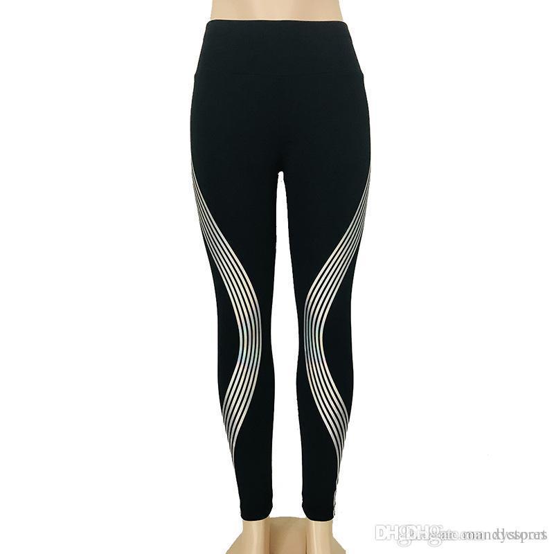 Pantaloni da ginnastica di Oyoo Super Stretchy Pantaloni da ginnastica Pantaloni da yoga di controllo del tummy senza cuciture a vita alta Pantaloni sportivi da corsa viola