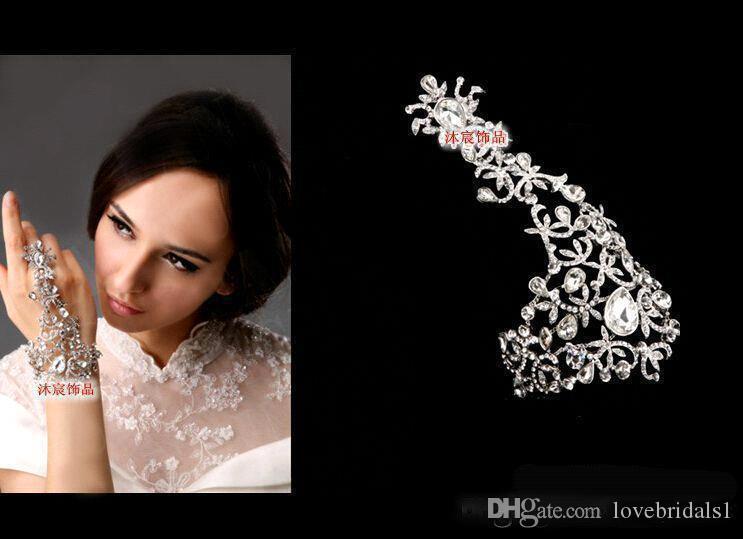 2021 mousseux chaud Vente Sliver Cristal Strass Diamants Bracelet de soirée de mariage Accessoires de mariée Livraison gratuite