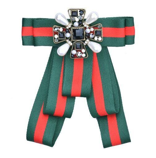 Chic Geometrie Kristall Perle Broschen handgemachte Sttripe Bowknot Corsage Preppy Styles Krawatte Brosche Frauen Mädchen Shirt Kleid Zubehör