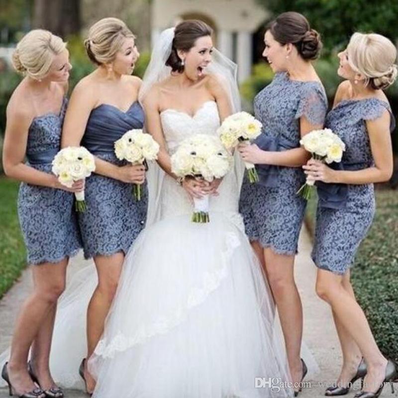 Vintage Lace 2019 Short Bridesmaids Dresses Sweetheart One Shoulder Bateau Neck Sheath Column Country Beach Wedding Bridesmaid Dress