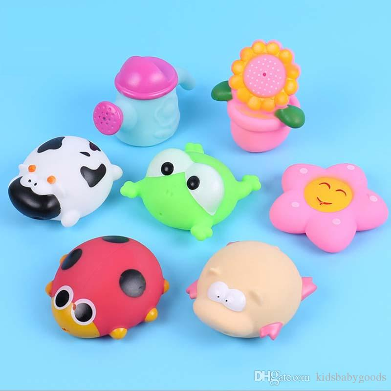 Baby bath toys 200PCS/lot Soft Rubber cartoon simulation Frog Duck cow bathing water spraying squeeze sounding toys baby shower