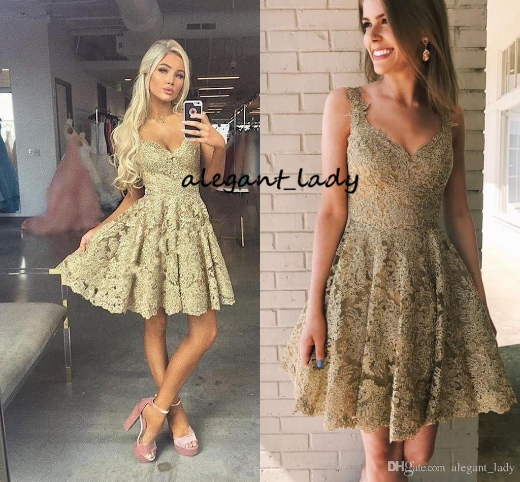 2018 Short Mini A Line Gold Homecoming Dresses V Neck Full Lace Applique Beaded Spaghetti Straps Cheap For Junior Cocktail Party Prom Gowns
