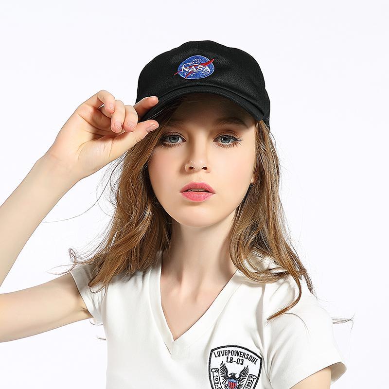 2018 Moda rara I NEED MY SPACE NASA Meat Ball 6 dio Cotone ricamato papà cappello snapback Berretto da baseball mi sento come pablo casquette