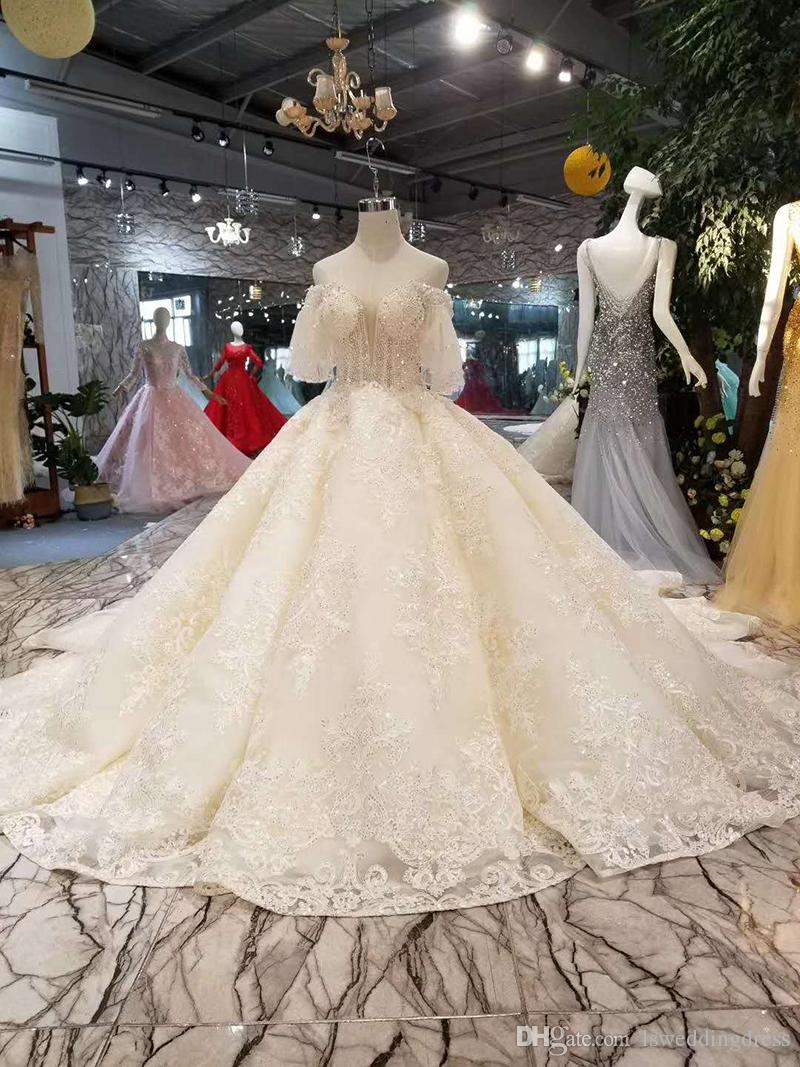 off the shoulder sweetheart wedding dresses ball gown short puffy sleeves  ball gown sequins flowers hot selling wedding gown long train red dresses