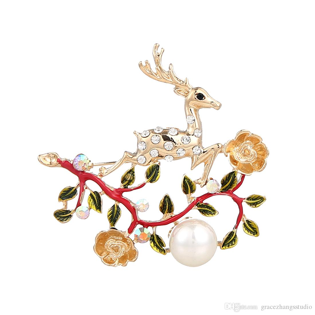 Sika Deer brooches Christmas element series pins Noble and graceful 18K gold plated jewelry Personality Imitation Pearl Accessories