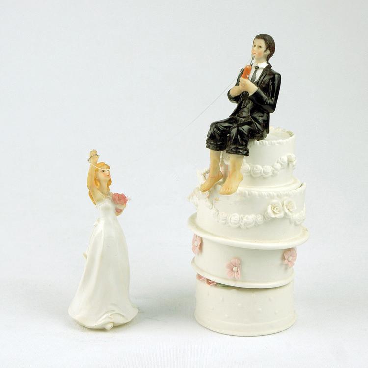 Dekoracje ślubne Cake Toppers Resign Figurka Groom Wędkarstwo Bridal Resign Craft Souvenir New Wedding Favors Gorący Sprzedający Prezent ślubny