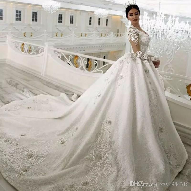 Wulstige Spitze Ballkleid Brautkleid Saudi-Arabien Schatz Appliqued Brautkleid Glamorous Dubai Weinlese-Prinzessin Brautkleider