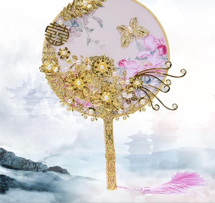 2018 nueva boda nupcial grupo nupcial fan holding chino clásico palacio estilo fan boda decoración de estilo chino