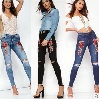 Compre Burst Modelos Mujer Jeans Moda Europea Y Americana Agujero Lápiz Pantalones Rebabas Rosas Bordado Jeans Tres Colores A 1774 Del Sexystores520